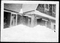 Chamberlain Cottage in the snow